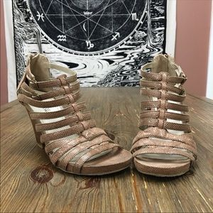 Kenneth Cole Reaction Tan Snakeskin Caged Heels 8